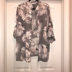 Calvin Klein Button down blouse 0X